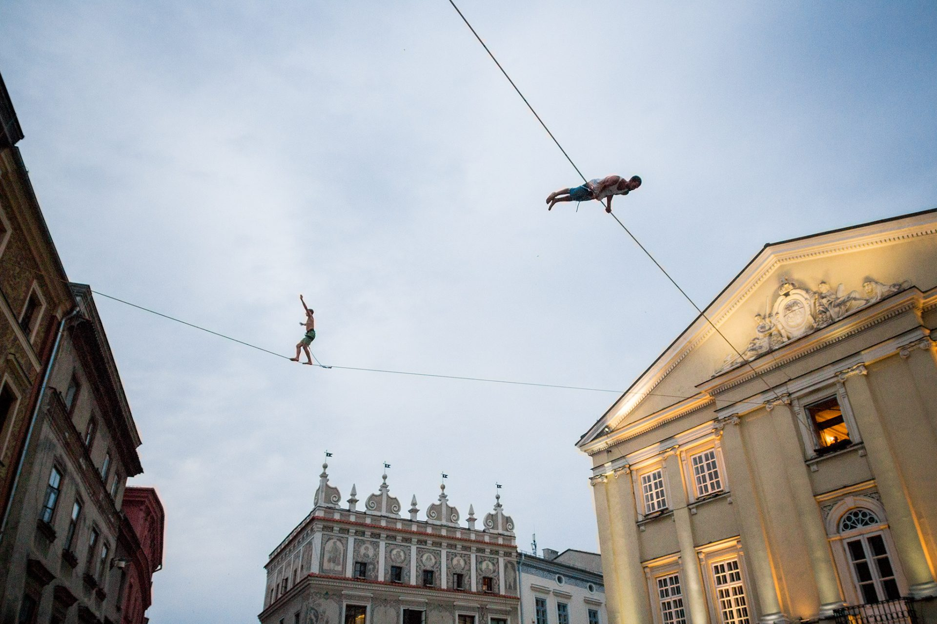 orosz_adam_outdoorinhales_highline-urban_highline_festival_2014_lublin_05