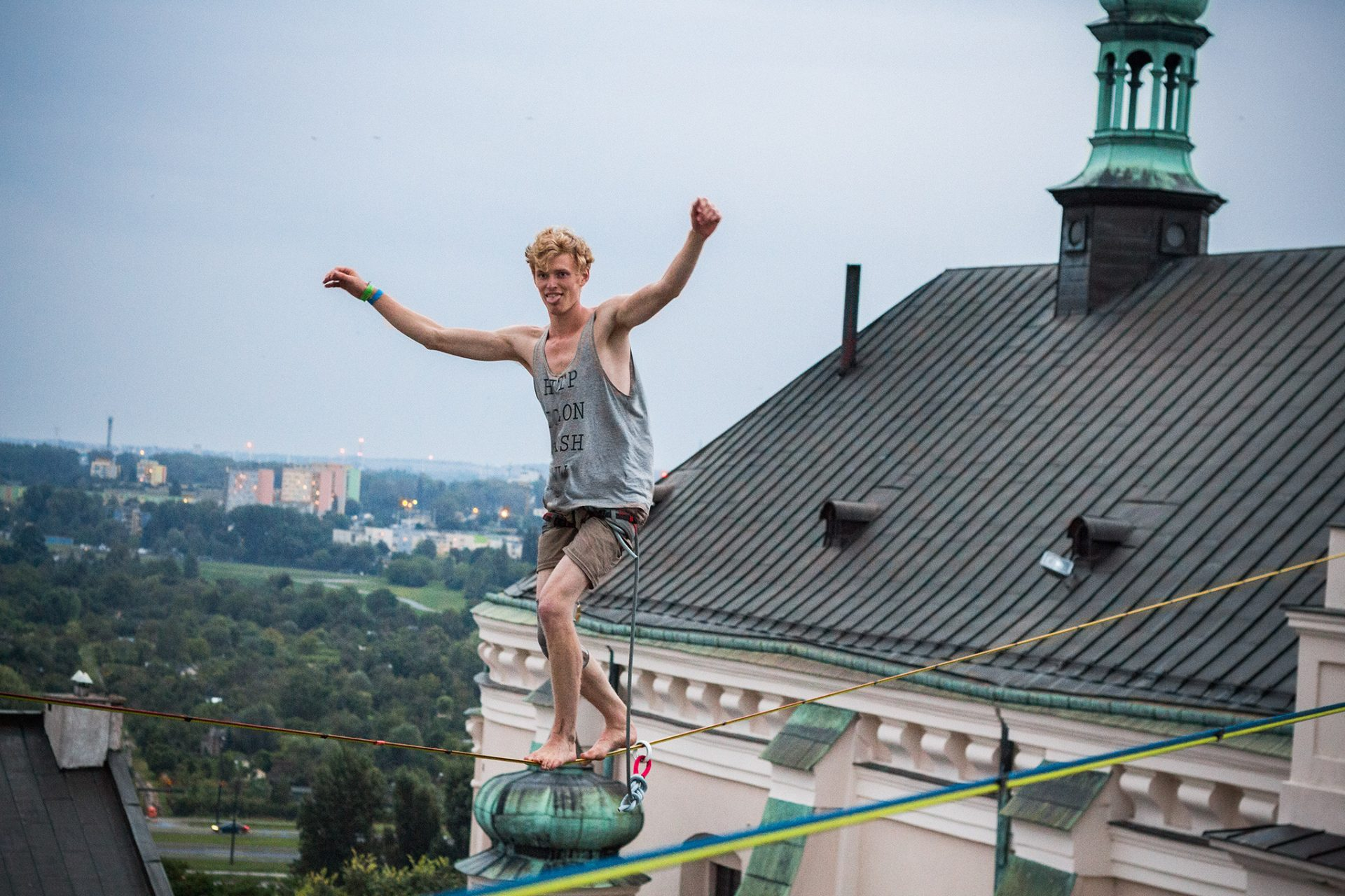 orosz_adam_outdoorinhales_highline-urban_highline_festival_2014_lublin_06