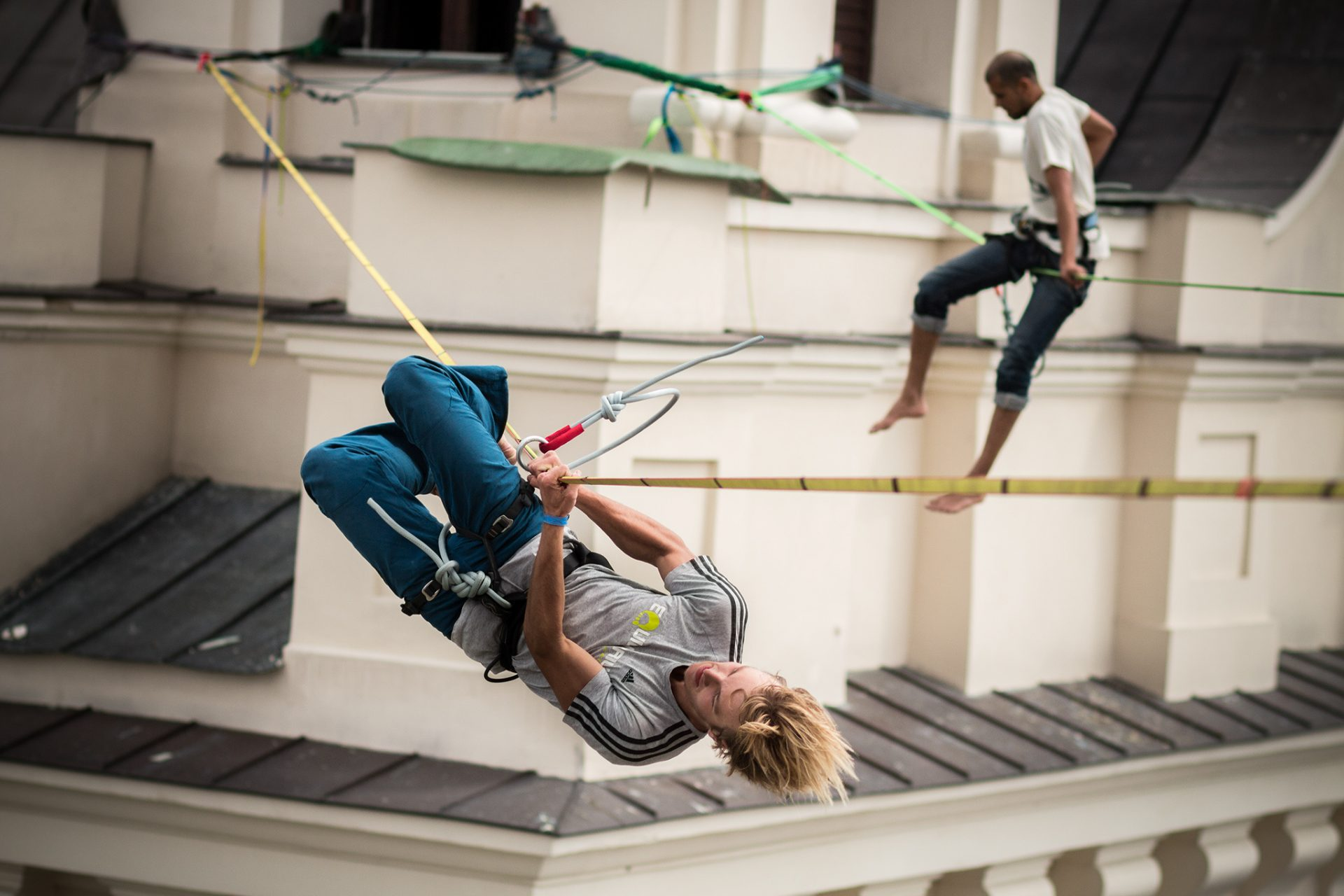 orosz_adam_outdoorinhales_highline-urban_highline_festival_2014_lublin_08
