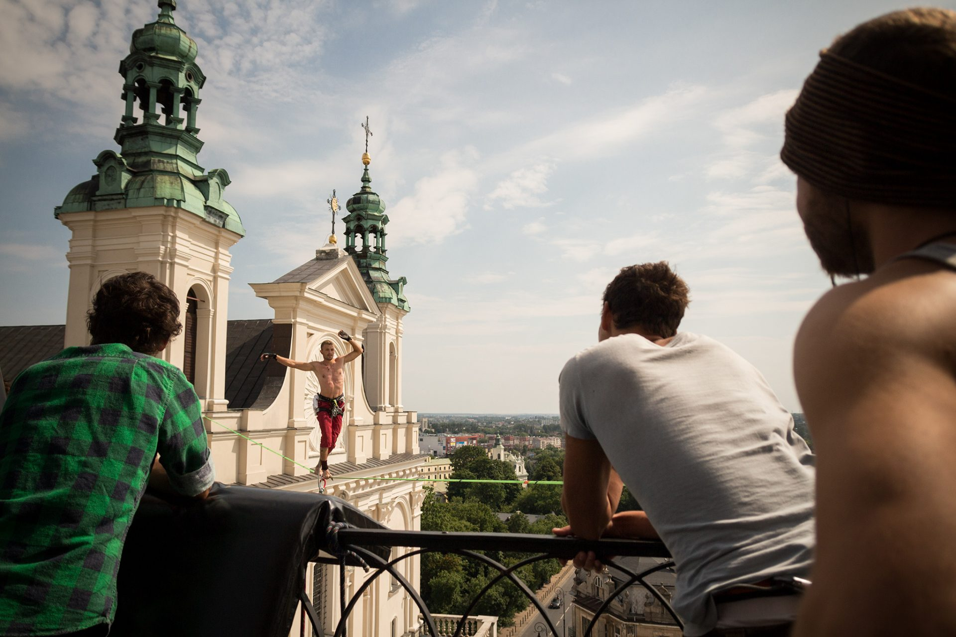 orosz_adam_outdoorinhales_highline-urban_highline_festival_2014_lublin_09
