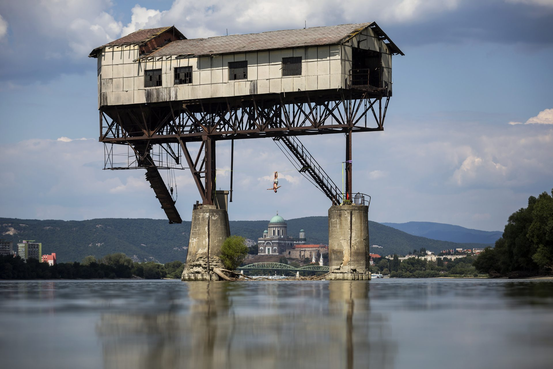 outdoorinhales_highline-esztergom_coal_transshipment_base_09
